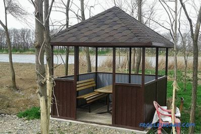 How to cover the roof of the arbor - the choice of roofing (+ photos)