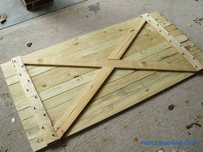 Wicket do-it-yourself - how to make and install a wicket (+ photo)