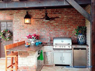 How to build a summer kitchen with your own hands