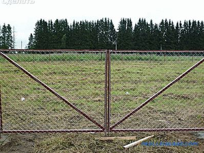 How to make a gate at the cottage