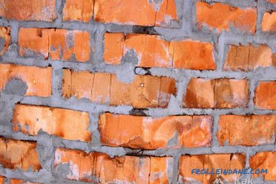 How to clean brick from mortar