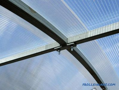 How to make a polycarbonate veranda