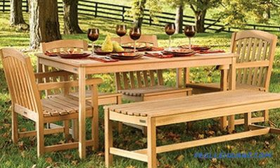 Garden table do it yourself from natural wood