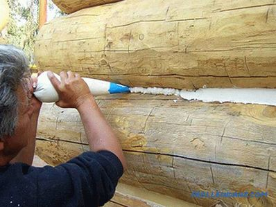 How to caulk log house with your own hands