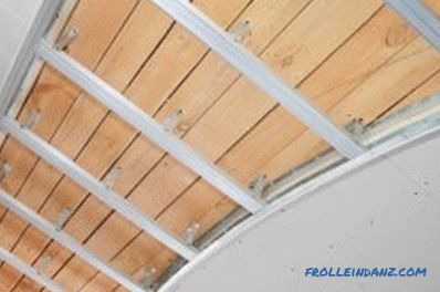 Fixing plasterboard to a wooden ceiling: options