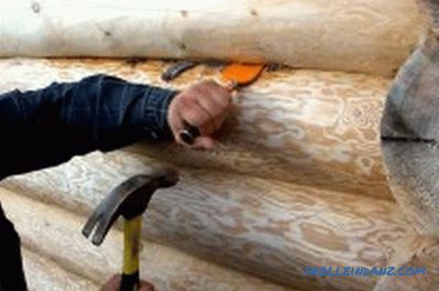 How to caulk log house with different materials: features, tools (video)