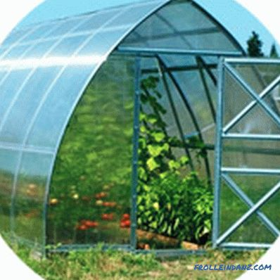 Which polycarbonate is better to use for the greenhouse