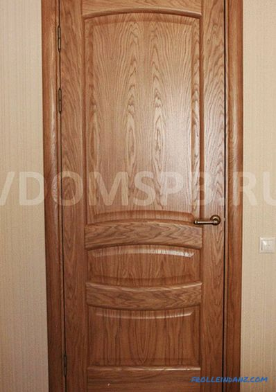 What is veneered door and which is better